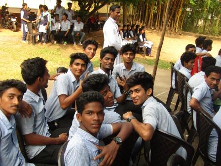 Aloor College